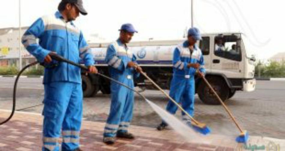 معاناة عمال النظافة في زمن كورونا..