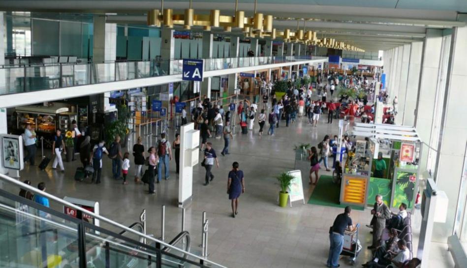 رسالة نقابية مطلبية على طاولة إدارة المكتب الوطني للمطارات