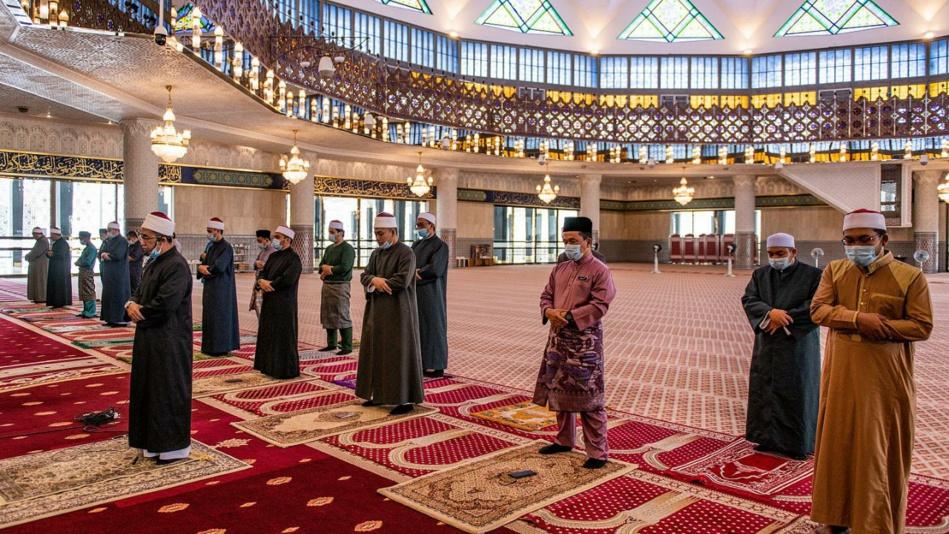 الجزائر تقحم بيوت الله في حربها القذرة ضد المغرب