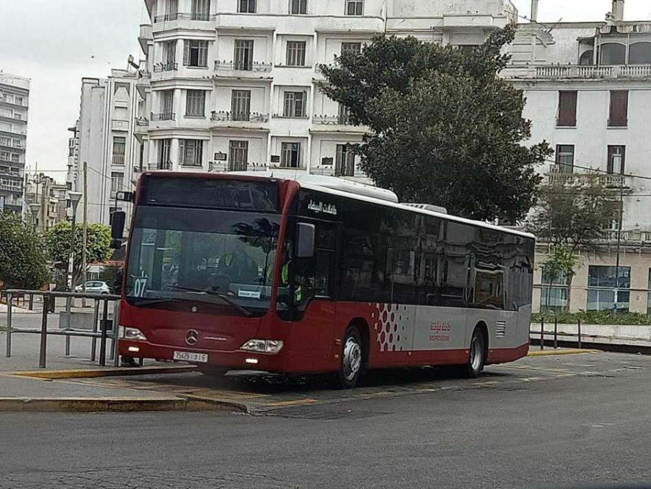 فعاليات تطالب شركة للنقل الحضري بالرفع من عدد حافلاتها لتجاوز أزمة التنقل