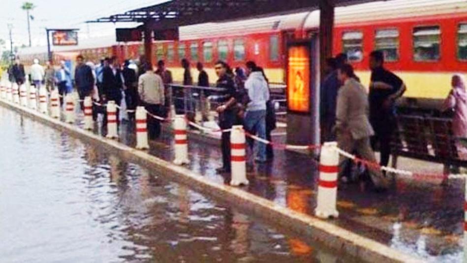 بسبب سوء الأحوال الجوية.. إضطراب في حركة سير القطارات بالمغرب