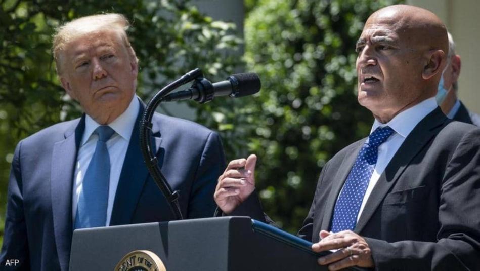 السلاوي يستقيل من منصب رئيس فريق البيت الأبيض لتطوير اللقاح