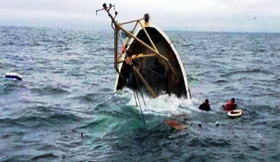 غرق قارب معد للهجرة السرية ووفاة 17 مرشحاً ودركي في حالة غيبوبة