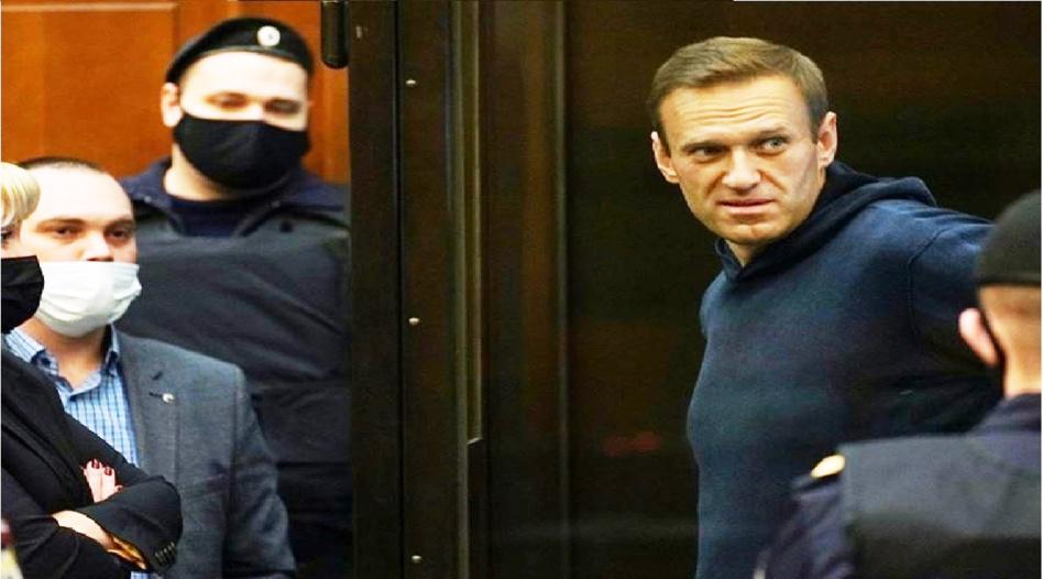 روسيا تنتقم من المعارض نافالني وتحكم بالسجن ضده