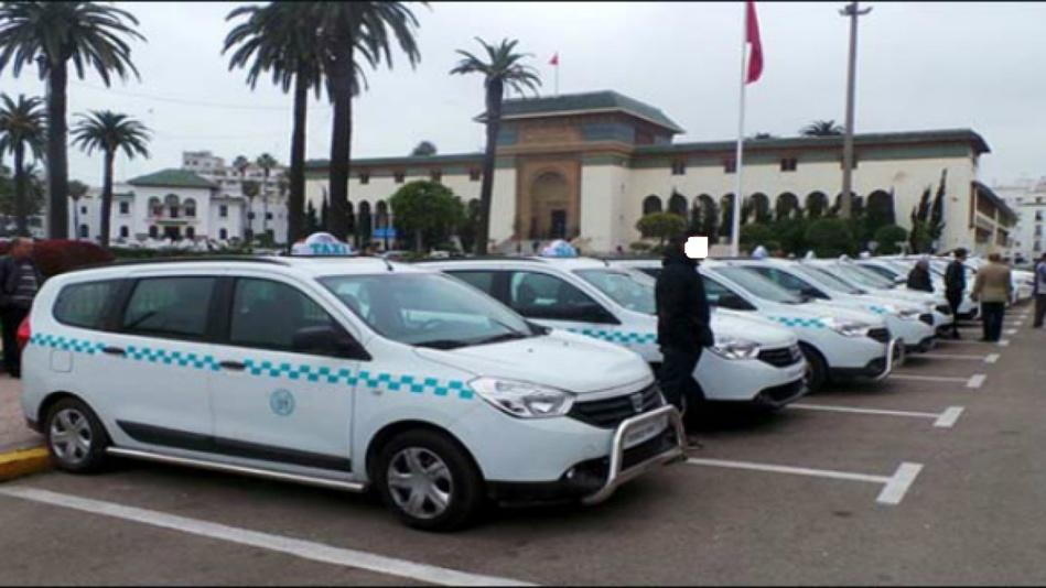 حافلات البيضاء الجديدة ترغم سيارات الأجرة الكبيرة على هذا الإجراء