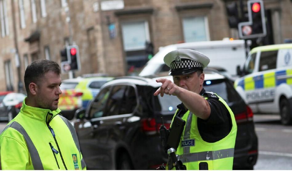 بريطانيا.. إصابات جراء «حادث خطير» جنوب ويلز وأنباء عن «عملية طعن»
