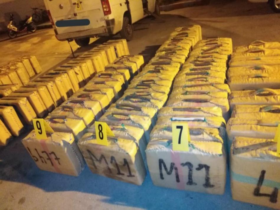 إحباط عملية تهريب للمخدرات وحجز أزيد من 7 أطنان من مخدر الشيرا بالمهدية