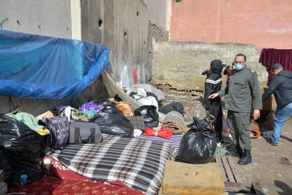 تفكيك المخيمات العشوائية للمهاجرين الأفارقة بمحيط المحطة الطرقية أولاد زيان بالبيضاء