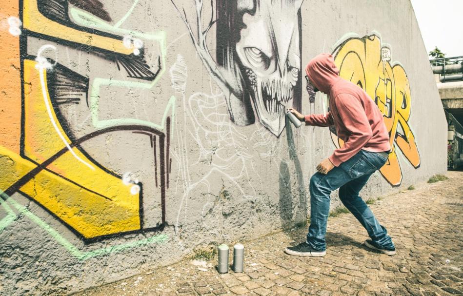 مغربي مهدد ب10 سنوات سجنا نافذا بسبب كتابة الكرافيتي بالمكسيك