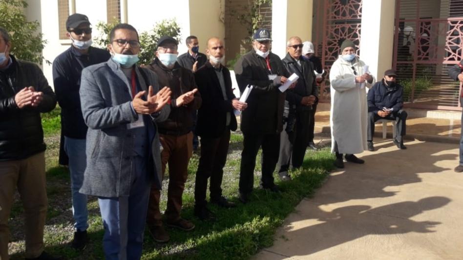 الأطر التربوية الإدارية بمراكش تنفد المرحلة الثانية من الإعتصام المسطر