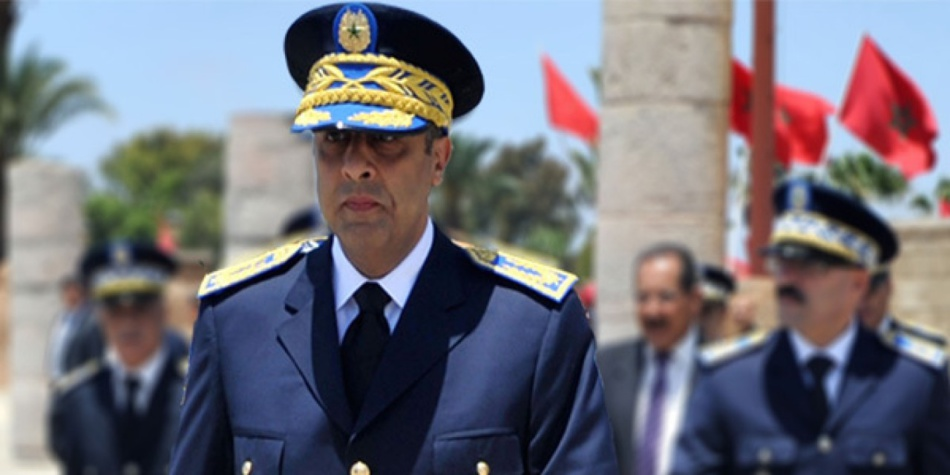 الحموشي يوقف شرطيا بالرباط بعد تورطه في قضية ابتزاز