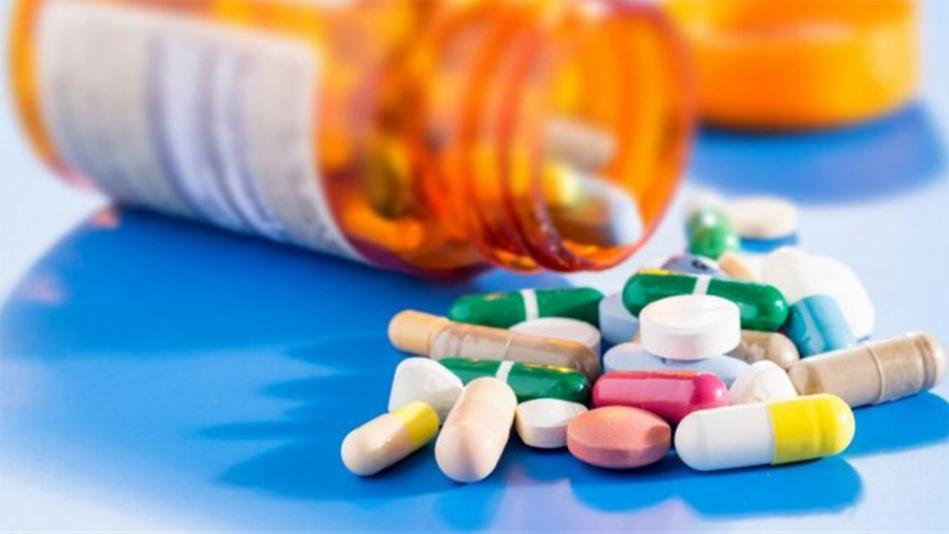 التشوش الذهني وتراجع القدرة على التركيز مخاطر الافراط في تناول الأدوية