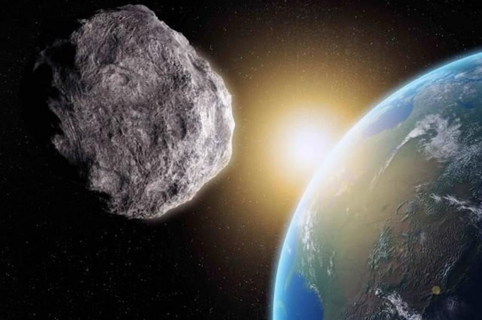 رسم توضيحي للكويكب يحلق بالقرب من الأرض (ناسا)