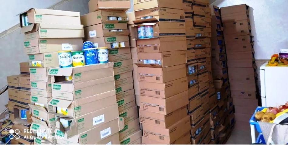 حجز كميات كبيرة من حليب الرضع وأدوية منتهية الصلاحية تباع بشكل غير قانوني