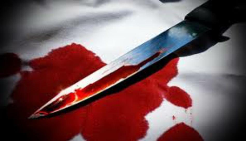 خمسيني يقتل جاره طعنا ويرسل زوجته إلى المستشفى في حالة خطرة بوجدة