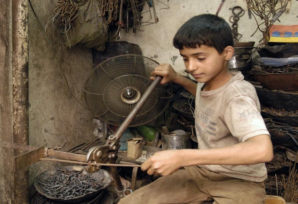 148 ألف طفل دون سن 17 يشتغلون في ظروف صعبة