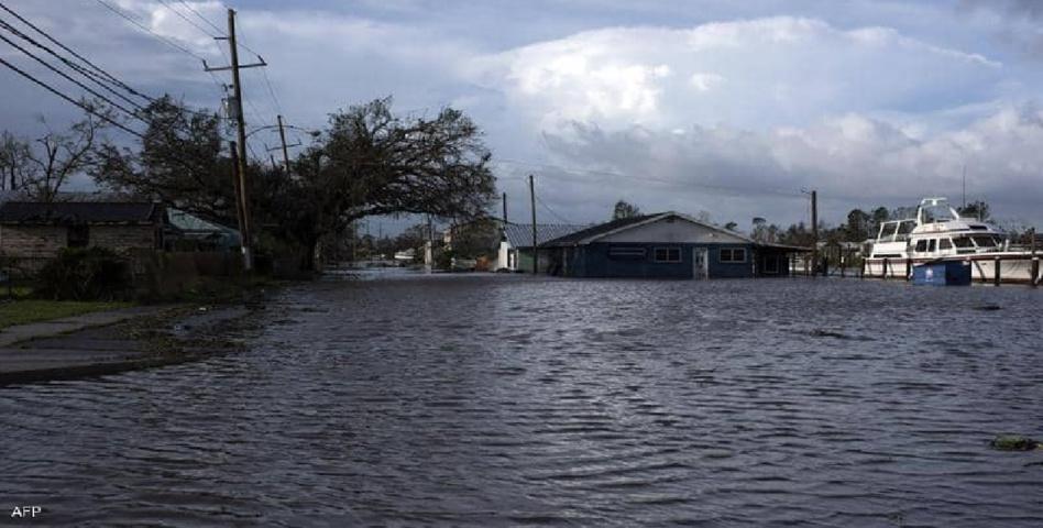 """بقايا إعصار """"إيدا"""" تضرب ولايات أمريكية.. وخطر يلوح في الأفق"""