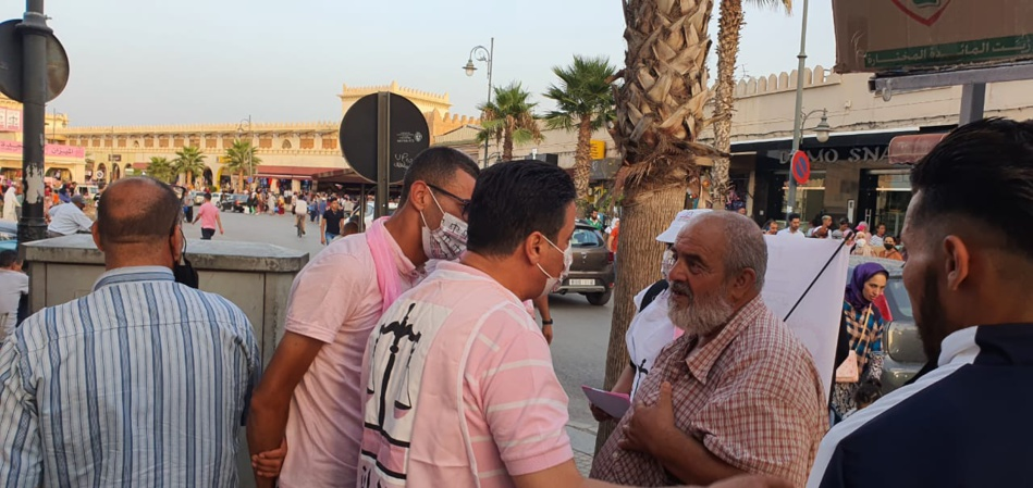 بالصور.. حزب الاستقلال بوجدة يقود حملة انتخابية منظمة وأنيقة