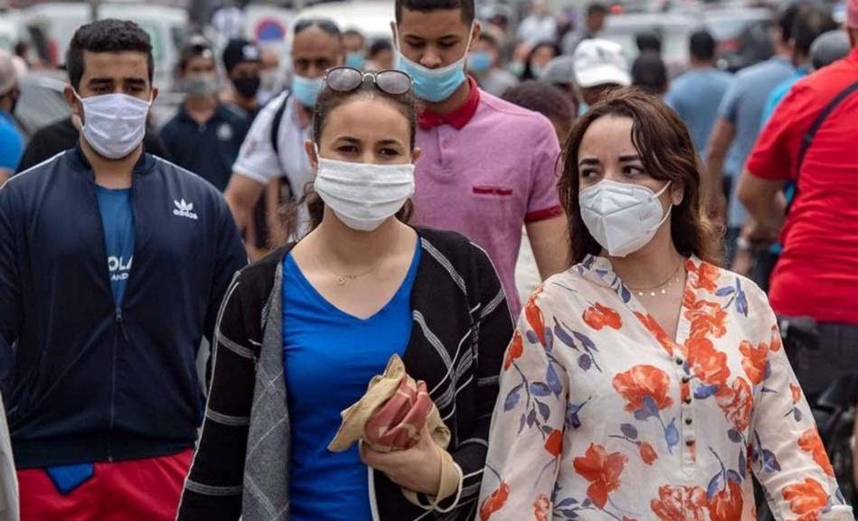 المغاربة ينتظرون رفع الإجراءات الاحترازية والقرار بيد الحكومة المقبلة 