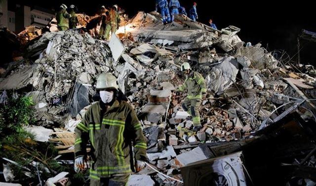 أردوغان يُعلن ارتفاع عدد ضحايا زلزال إزمير إلى 58 قتيلا و896 مصابا