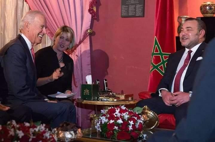 «المغاربة» يُذَكِّرُونَ «بايدن» بإشَادَتِهِ بالعلاقات المغربية ـ الأمريكية