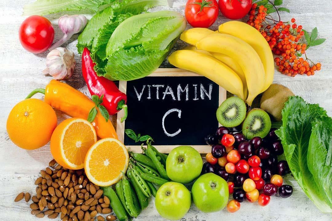 أهم 10 أطعمة غنية بفيتامين س لتقوية المناعة