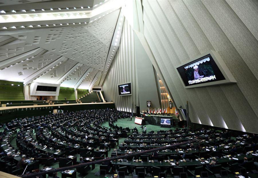 بعد اغتيال العالم فخري زاده.. قرارٌ إيراني جديد