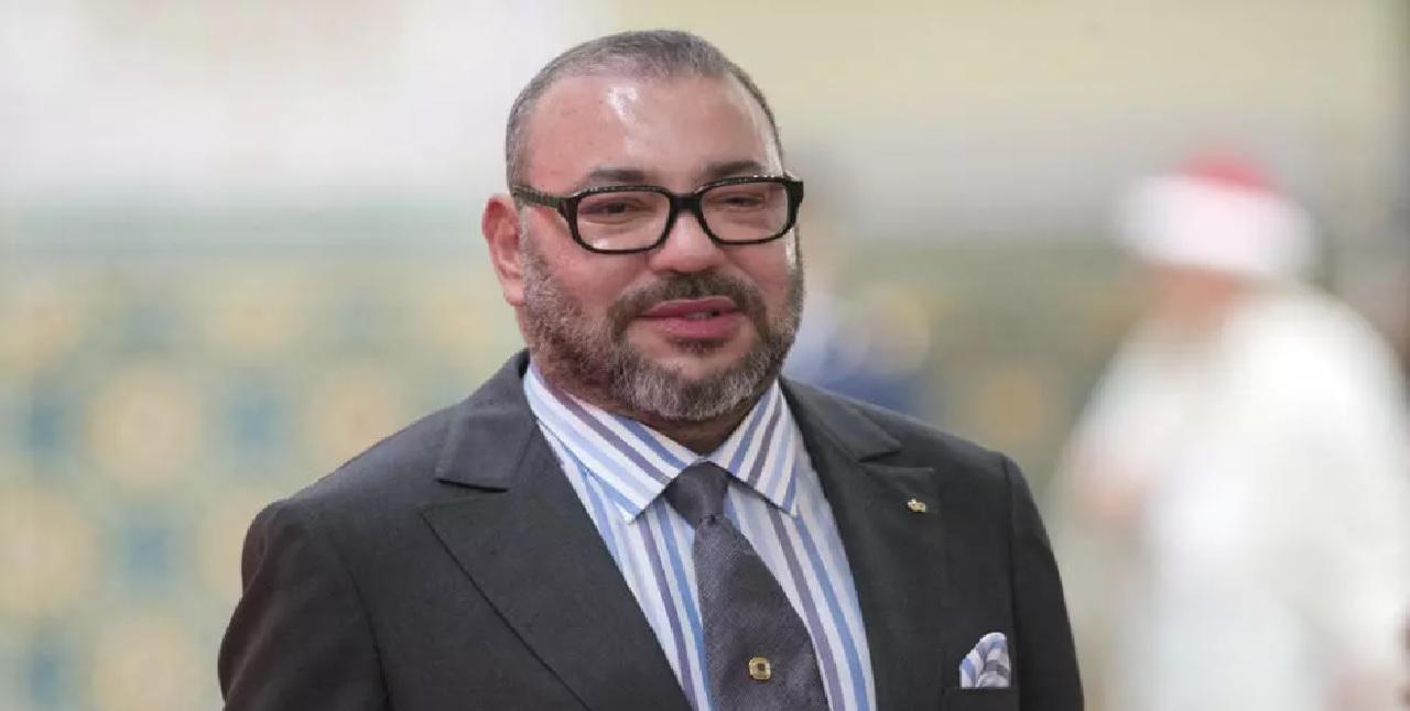 جلالة الملك يصدر تعليماته للحكومة باعتماد مجانية التلقيح ضد كورونا لفائدة جميع المغاربة