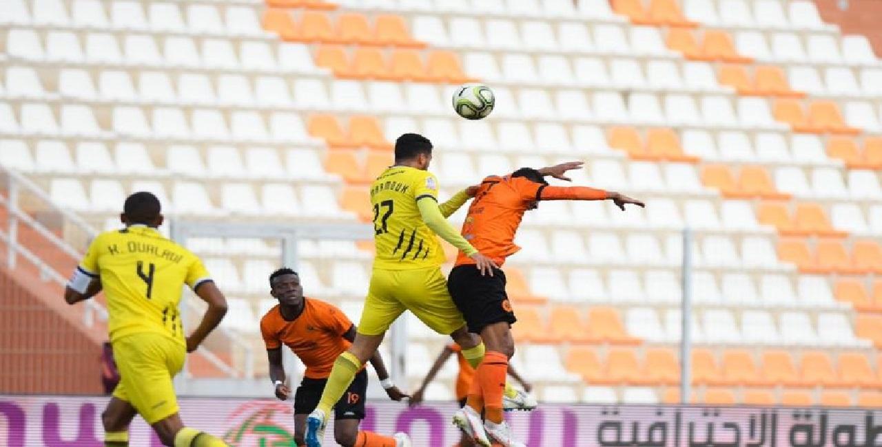 تعادل إيجابي حسم مباراة المغرب الفاسي ضد نهضة بركان