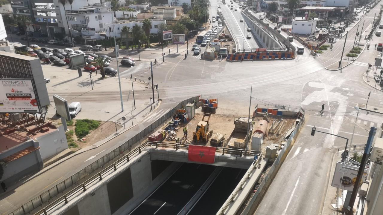 مجلس جماعة الدار البيضاء في موقف حرج بسبب تأخره في إنجاز المشاريع المتعثرة