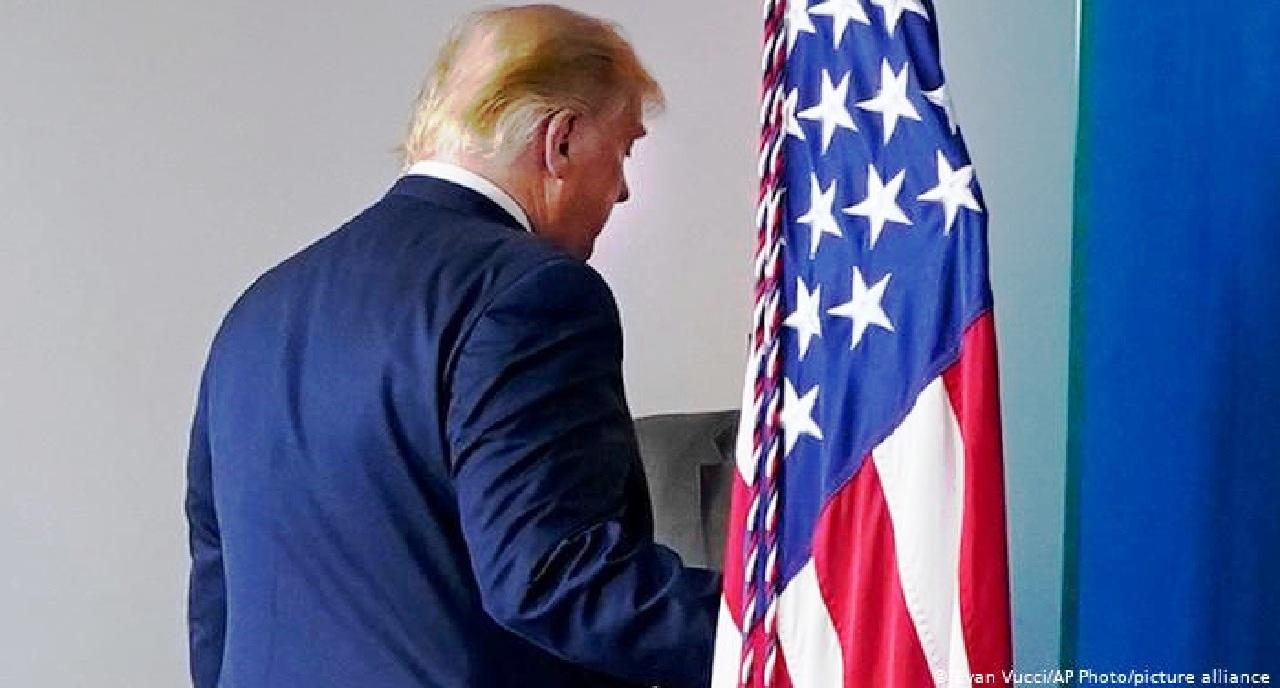 الرئيس الأمريكي يستخدم «الفيتو» ضد الكونغرس