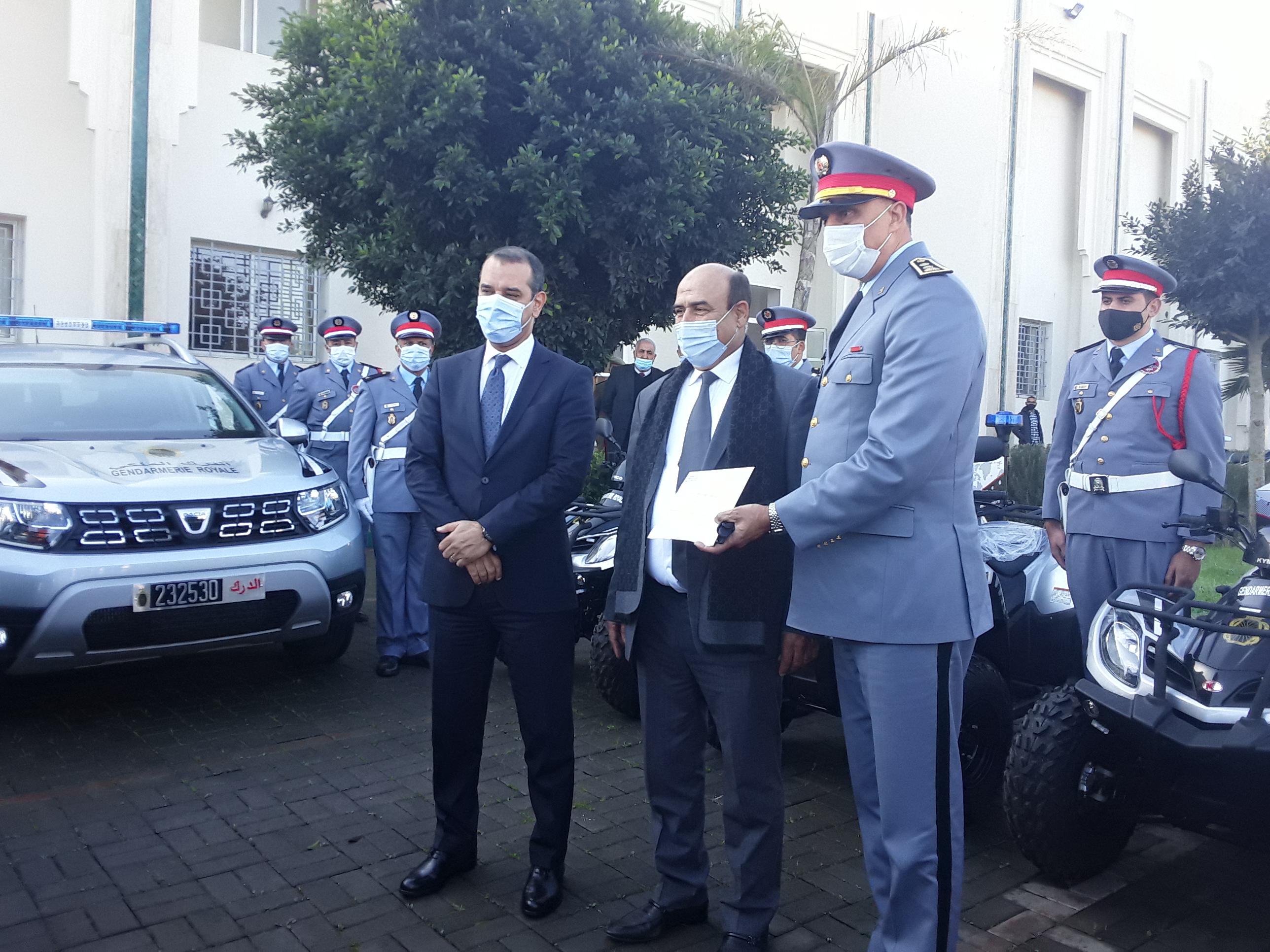 توزيع سيارات ودرجات نفعية على الدرك والشرطة والقوات المساعدة بالنواصر