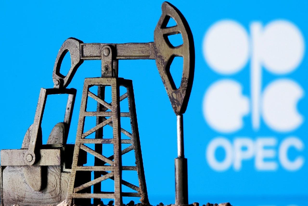 لأوّل مرة.. ارتفاع أسعار النفط فوق مستوى مستوى 50 دولاراً