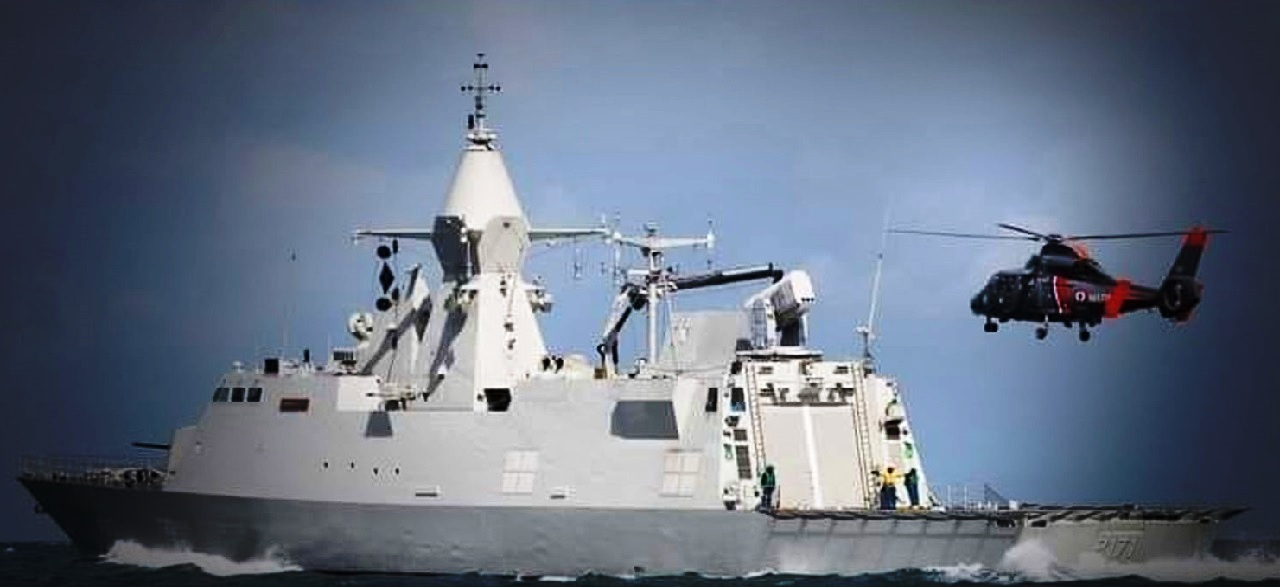 البحرية الملكية تبحث عن اثنين من كوماندوز مفقودين خلال تدريبات بحرية