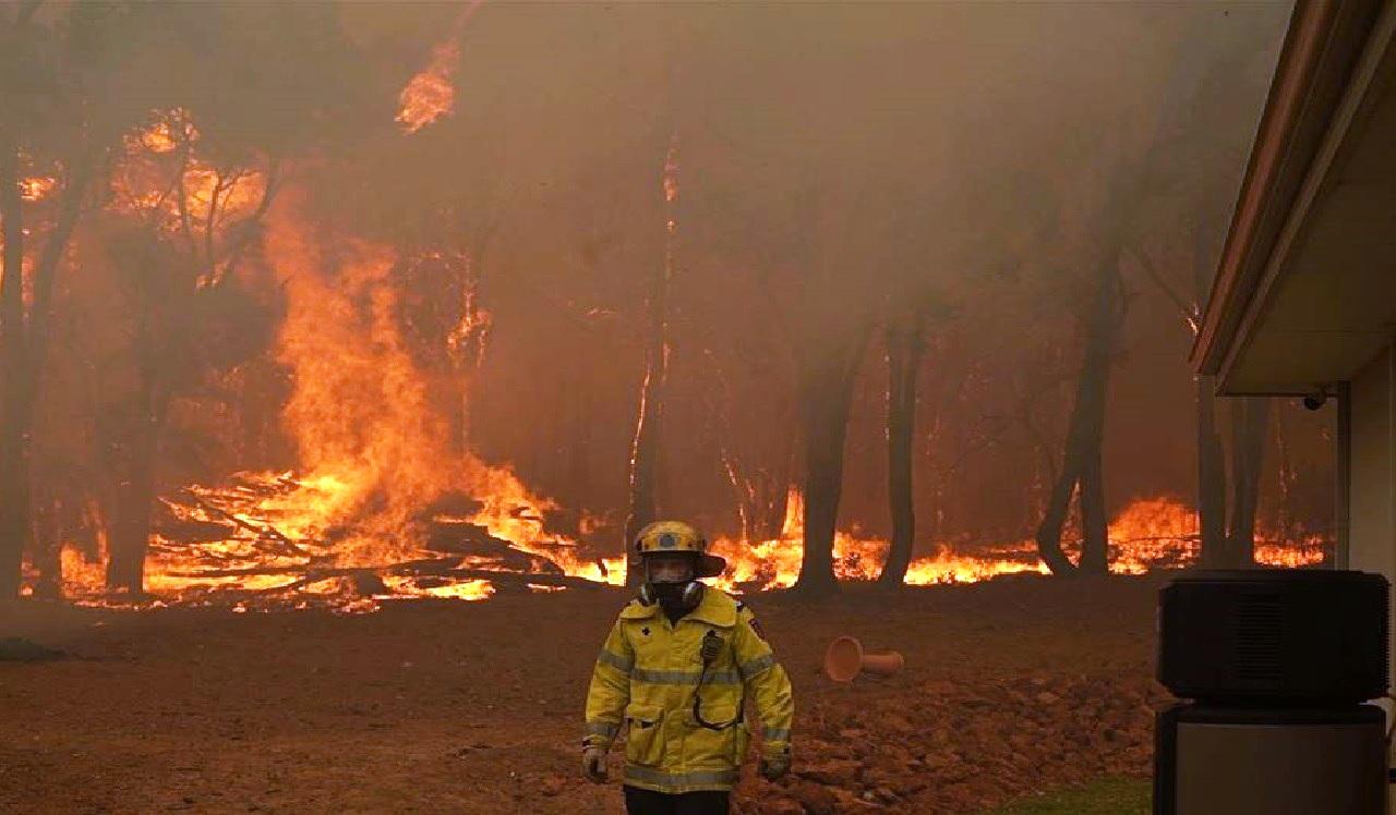 حرائق ضخمة مريبة في «أستراليا»