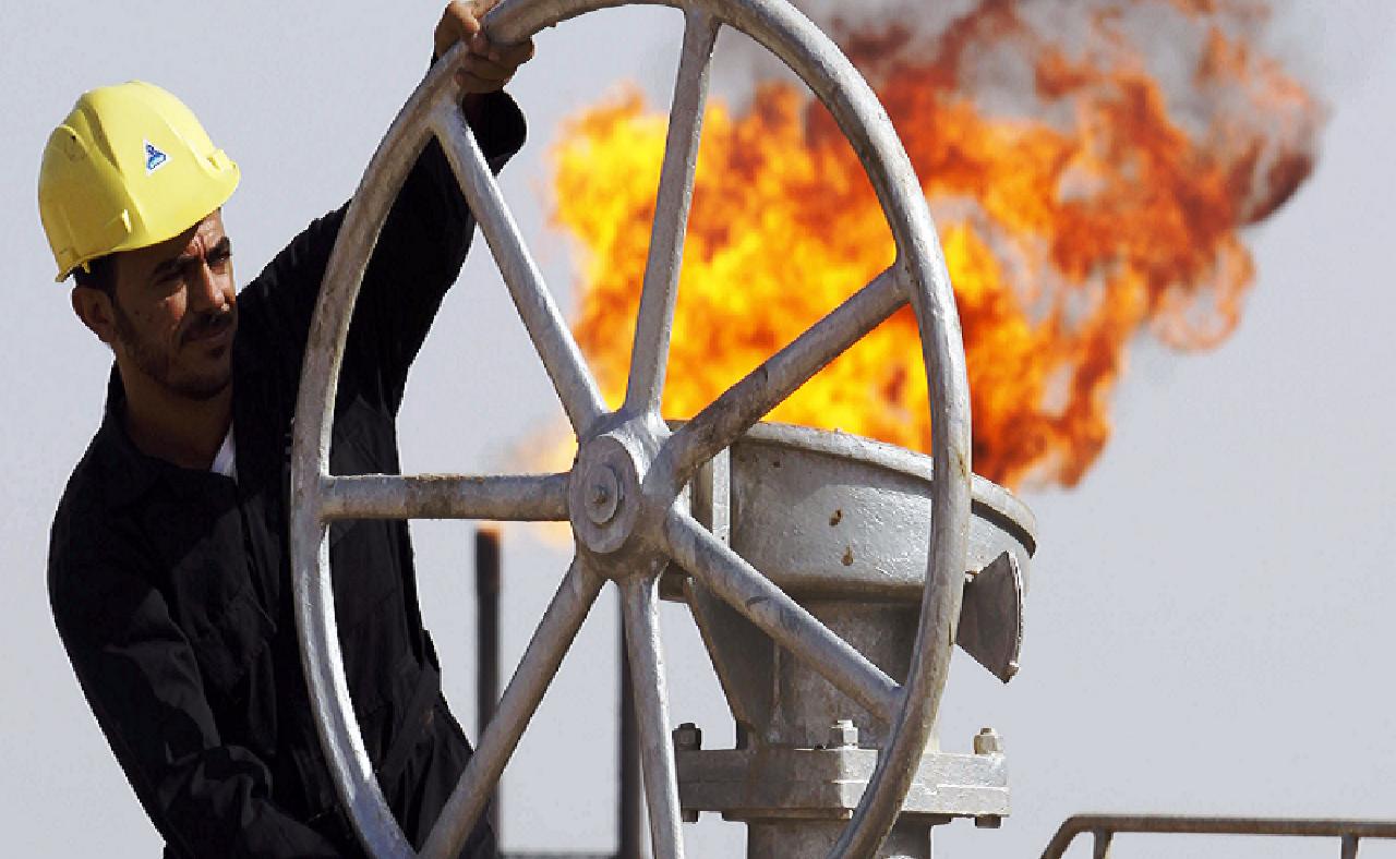 الجزائر تُعْلِنْ انتهاء عصرها النفطي