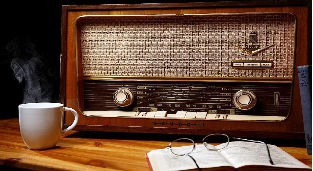 العالم يحتفل باليوم العالمي للإذاعة 2021.. الإذاعة تثبت مكانتها الأساسية كوسيلة لنقل المعلومات