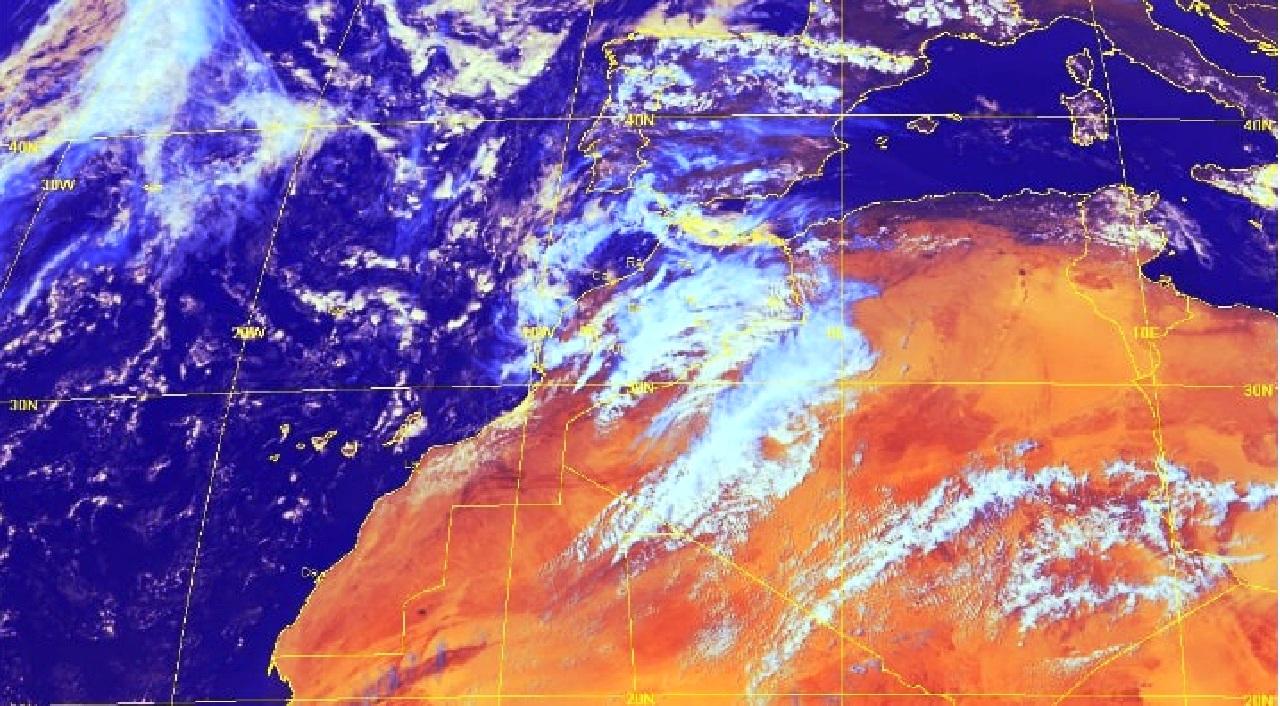 هذه توقعات أحوال الطقس.. أمطار رعدية وثلوج بعدد من مناطق المغرب