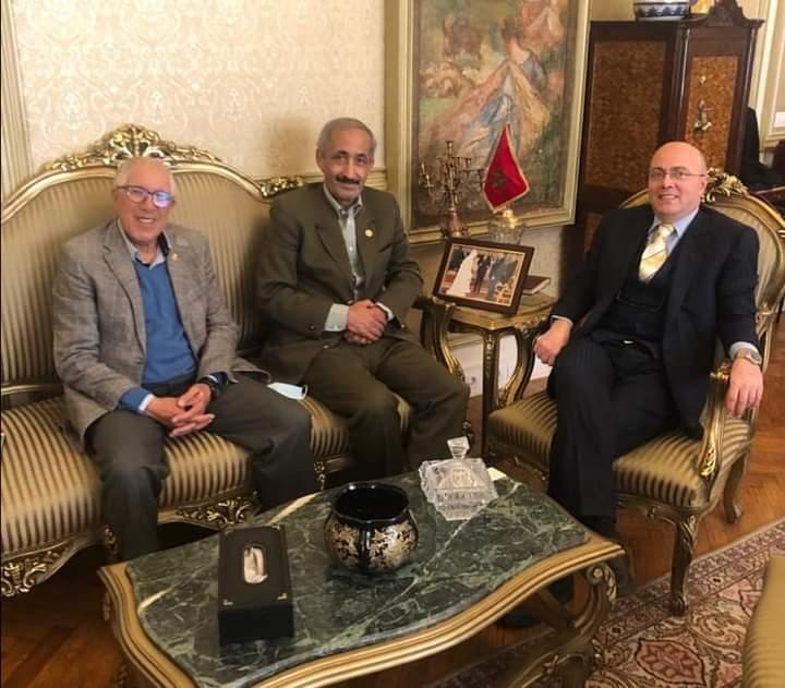 سفير المغرب بالقاهرة يحتفي بالمنتخب الوطني للدراجات بعد حصده 18 ميدالية