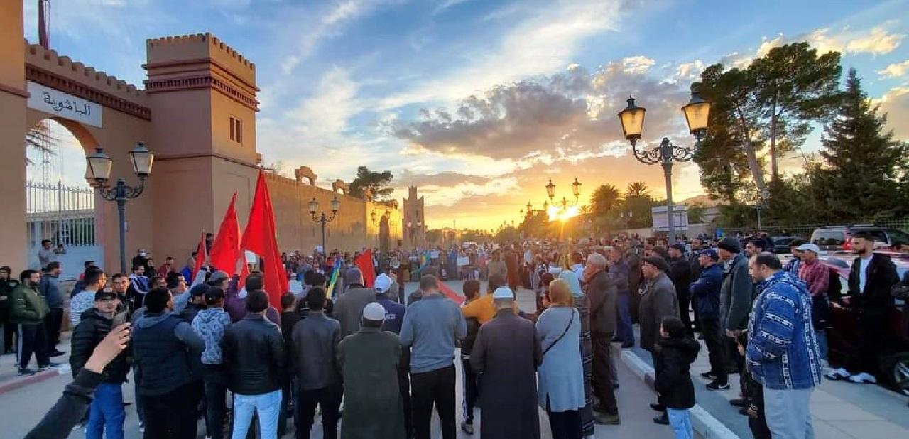بعدما طردهم الجيش الجزائري.. عامل إقليم فجيج يجتمع مع مستغلي أراضي العرجة