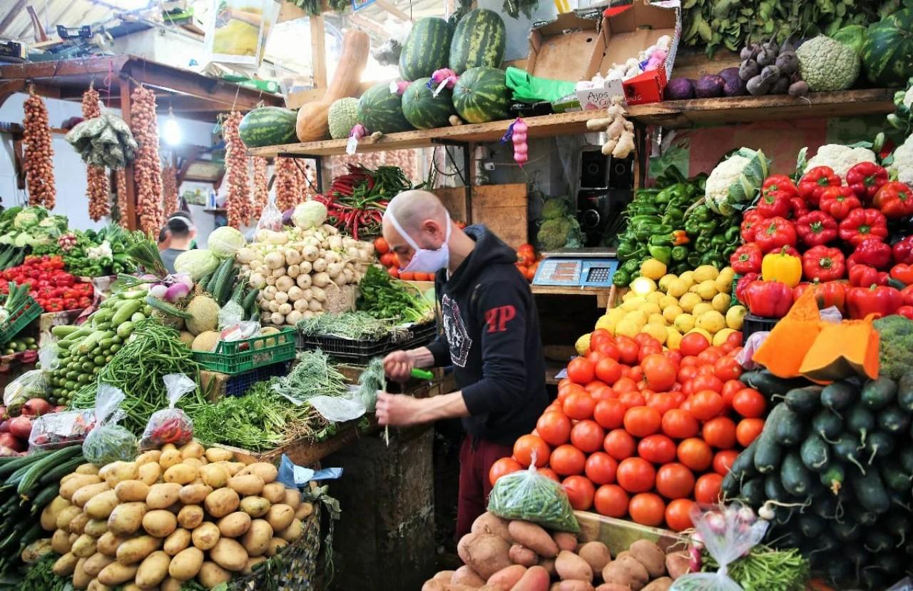 أمام تفرج الحكومة:  الغلاء يشوي جيوب المغاربة على مقربة من رمضان