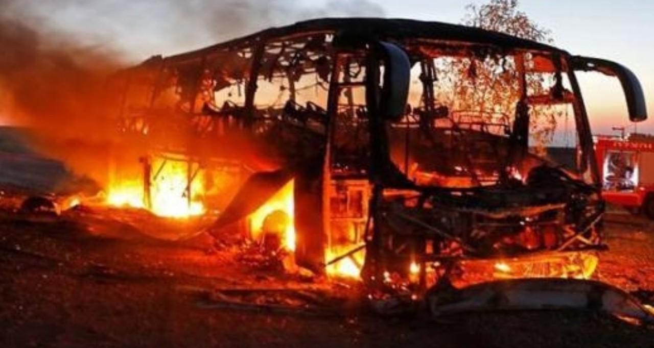 حادث دموي مميت يودي بحياة 20 شخص في مصر