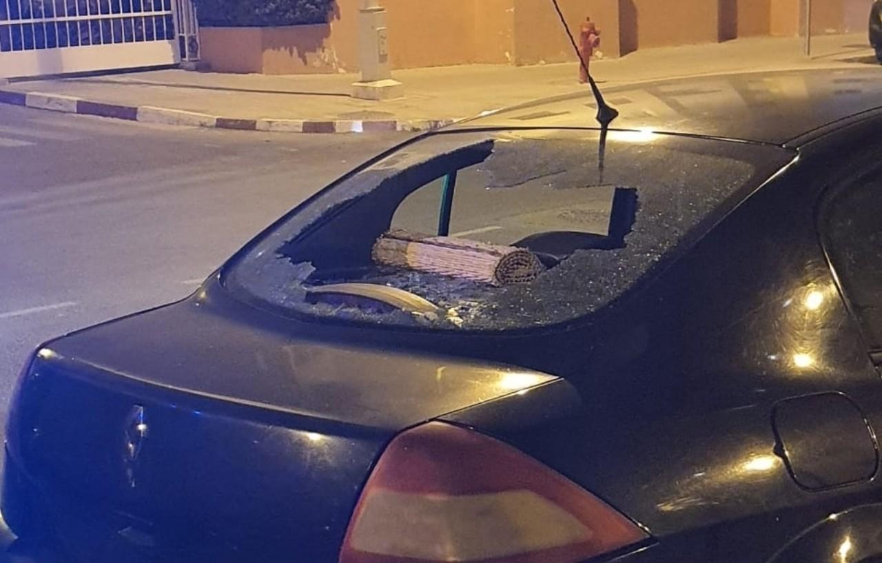 مجهولون يرشقون ممتلكات وسيارات الخواص باكادير في تصرف صبياني