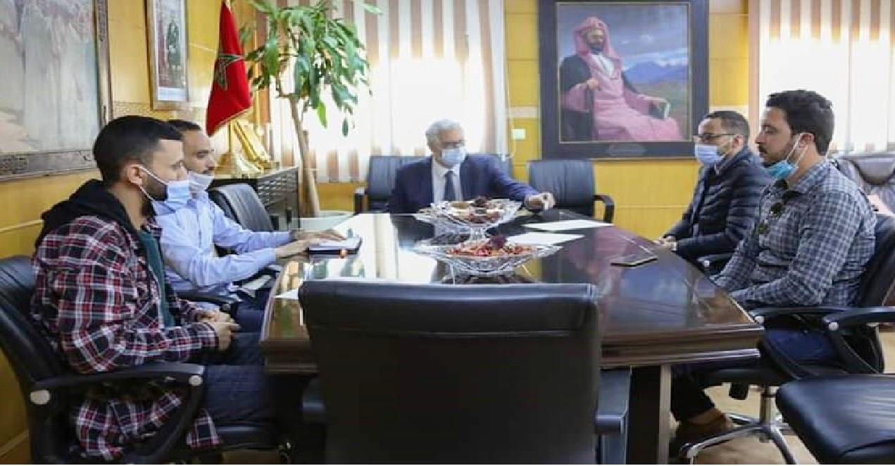 بطلب منها.. الدكتور نزار بركة يستقبل لجنة الحوار المنبثقة عن التنسيقية الوطنية للأساتذة الذين فرض عليهم التعاقد