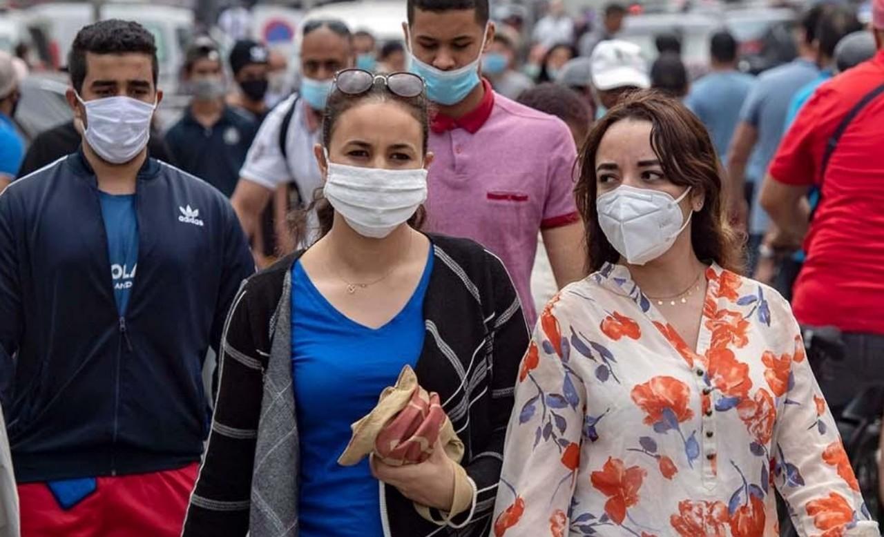 حمضي: على المغاربة الالتزام بالإجراءات الاحترازية تجنباً لتدهورٍ وبائي محتمل