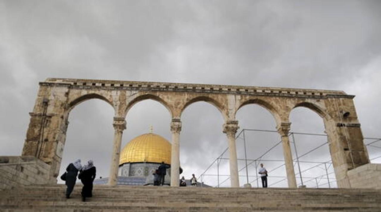 في تصعيد جديد.. القوات الإسرائيلية تصادر مفاتيح المسجد الأقصى