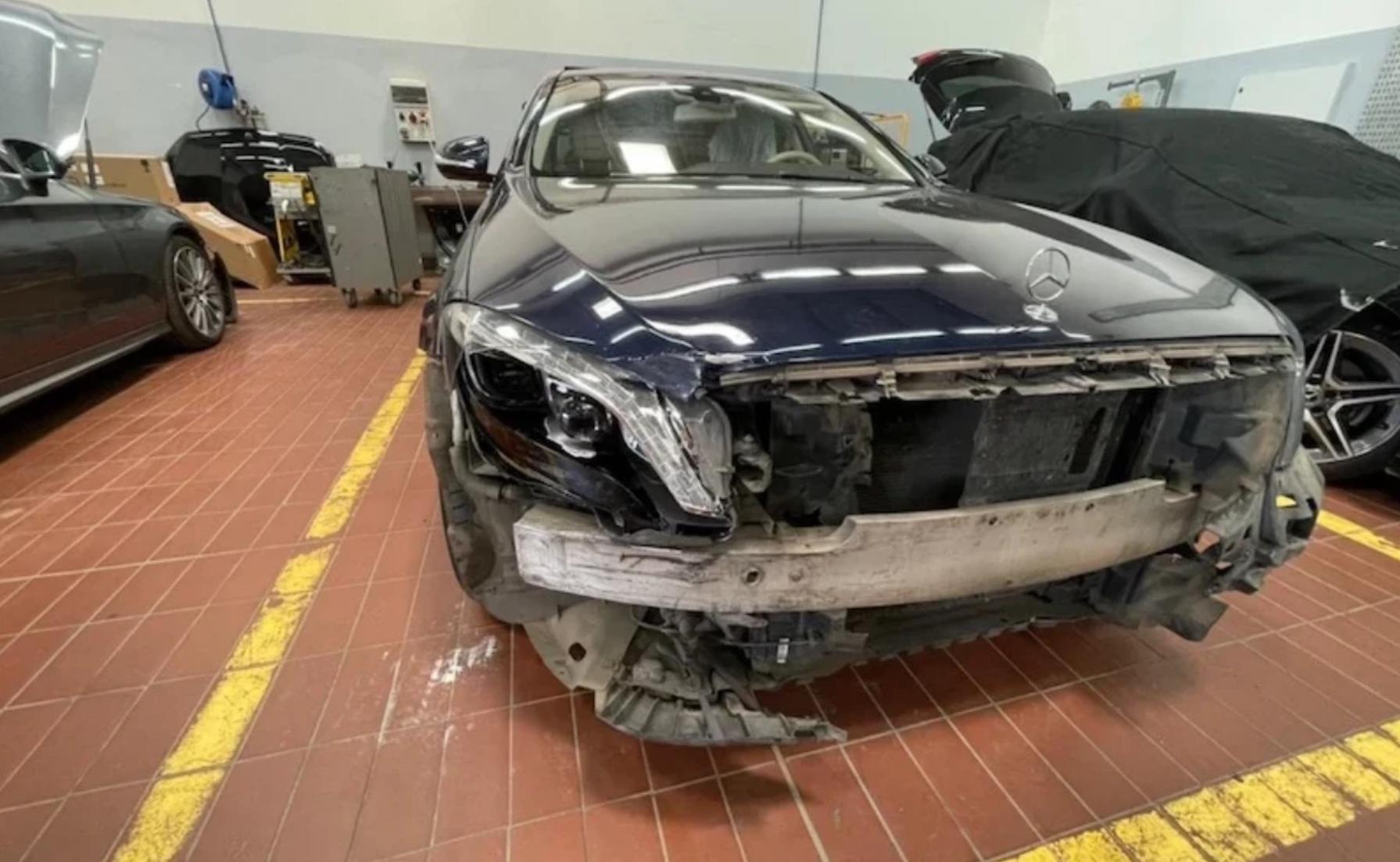 الصورة الحقيقية لسيارة وهبي بعد الحادثة