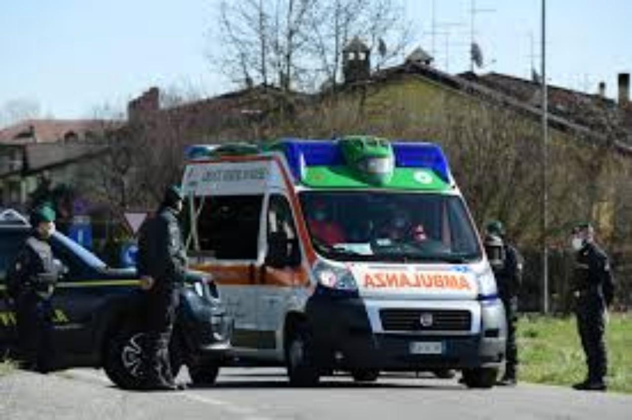 آلة صناعية تسحق عظام مغربية بإيطالية وترديها قتيلة
