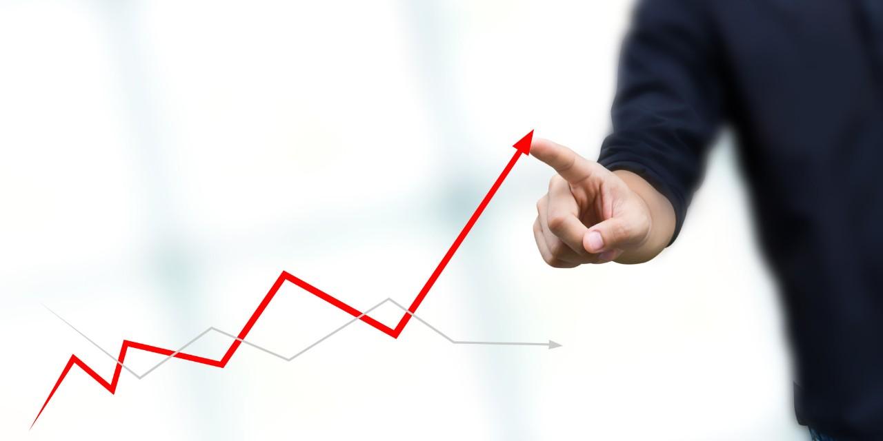 الحكومة  تتوقع تحقيق الاقتصاد الوطني لنمو يناهز 3,2 % خلال السنة القادمة