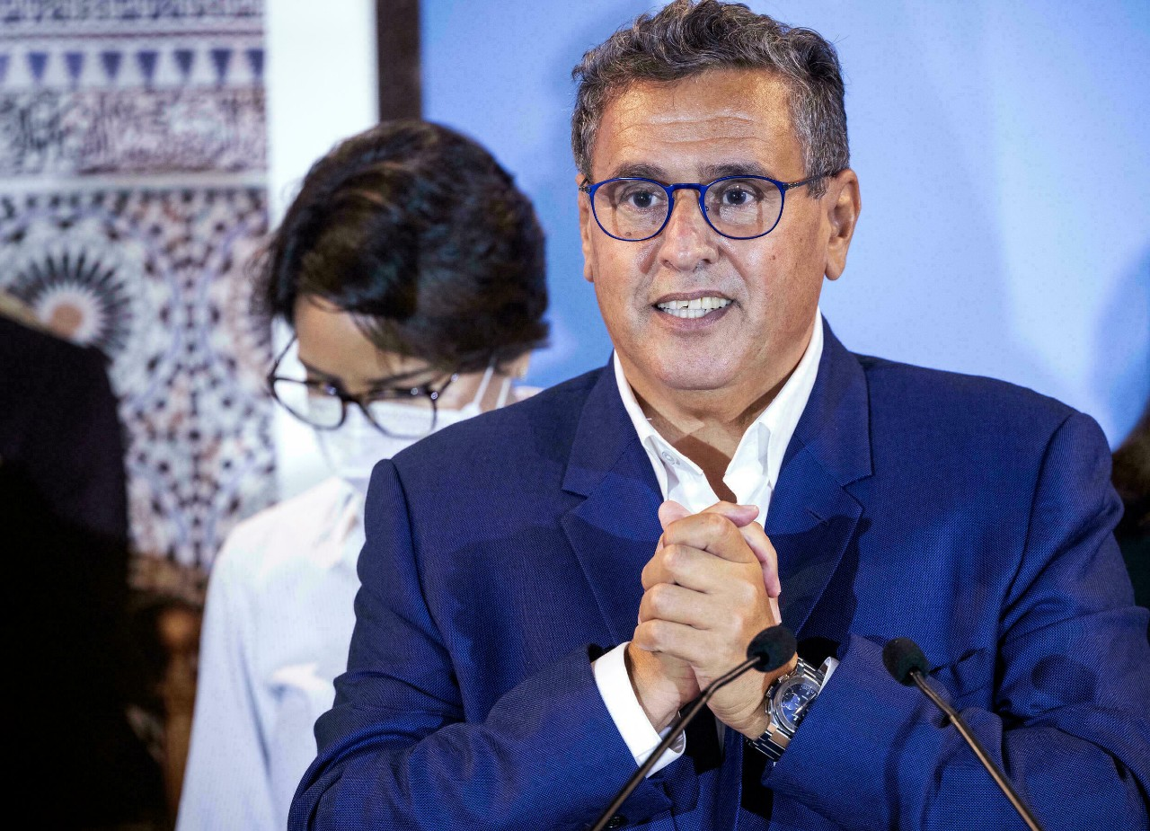 رئيس الحكومة يستعرض مضامين برنامج الأمل